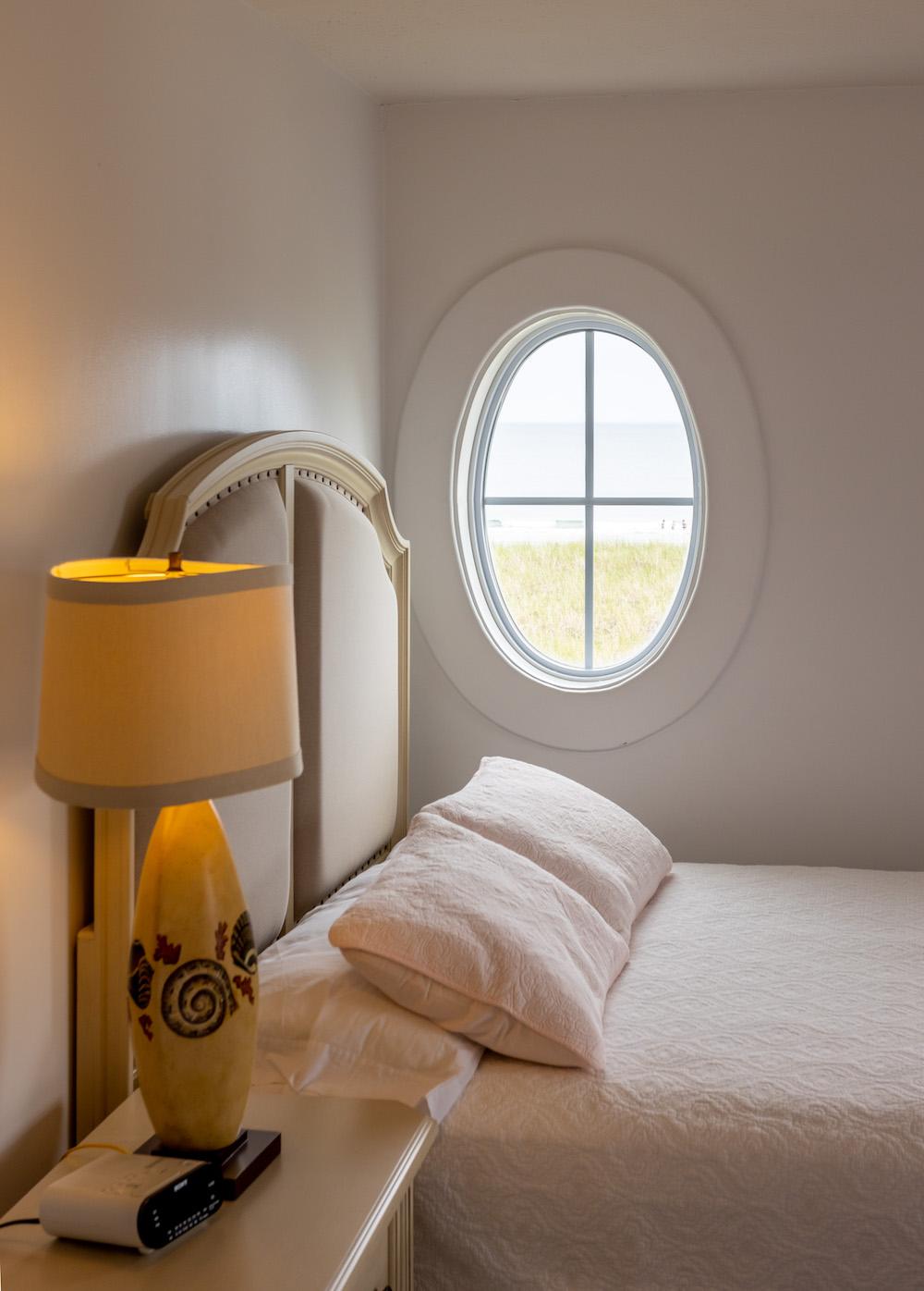 The Gull Inn Window